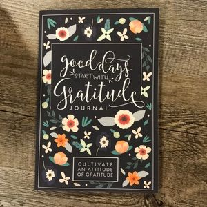 Good Days Start with Gratitude-Journal-Be Grateful